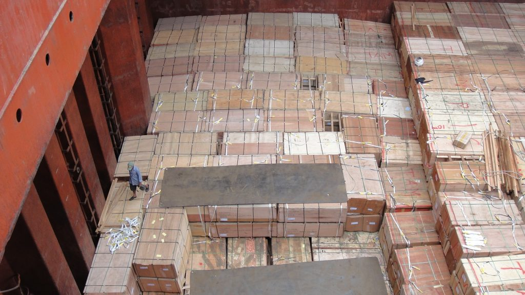 Plywood Loaded on Break Bulk Cargo Ship